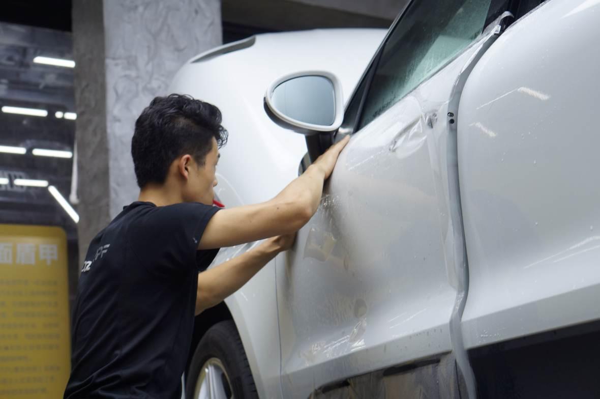 汽车贴膜为什么这么贵